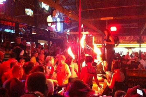 full throttle saloon half size 010